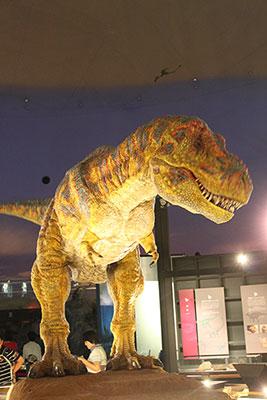 テラノザウルス